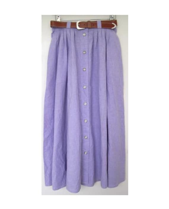 1980s Lilac Buttoned Down Midi Skirt with Tan Belt Size 12 UK, 8 US, 40 EU