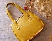 Vintage mustard Bag, Woman 60s Leather Purse