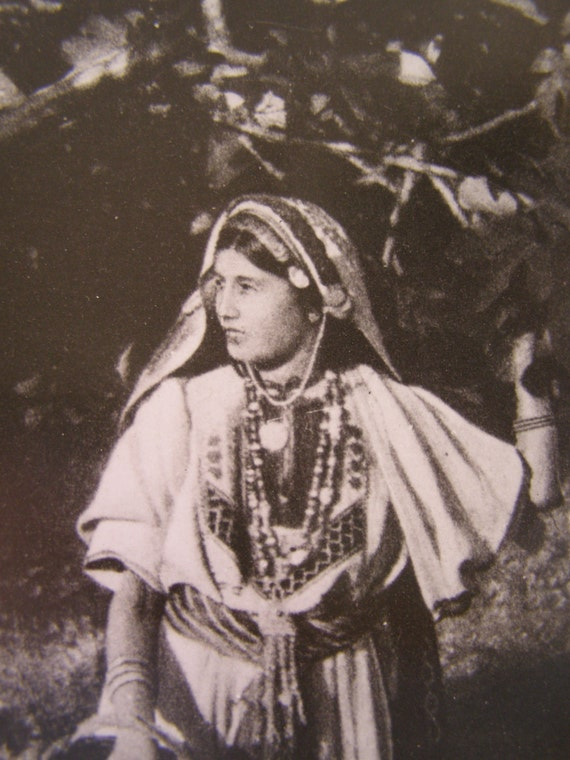Antique woman photo print,  Arab local woman photo, Israel 1902