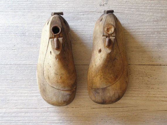 Baby Shoe Molds, Vintage wood trees of Baby shoes