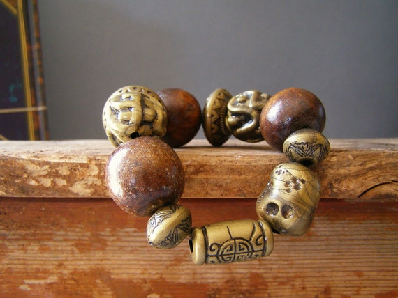 Vintage Chunky Bracelet, Brown wood and metal beads Bracelet, Boho chic Jewelry, Autumn fashion, Urban daily jewelry, Country chic