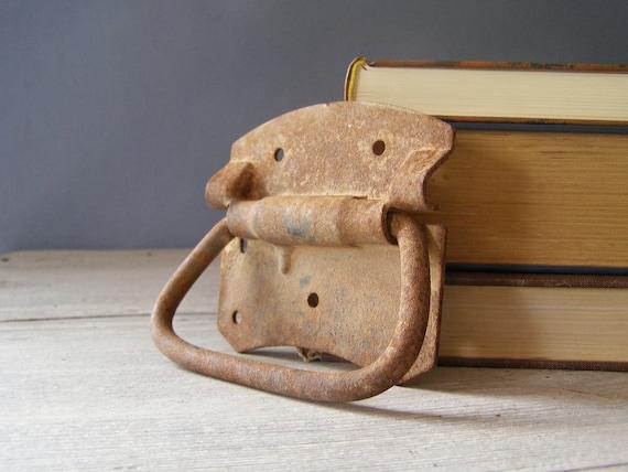 Vintage Rustic Handle, rusted iron drawer handle