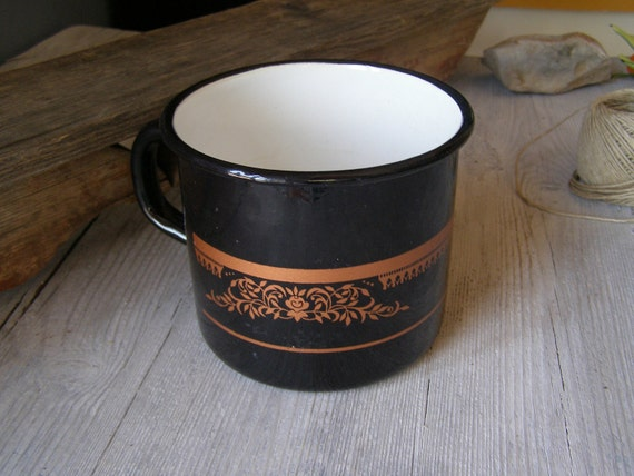 Black Enamel Pot, Vintage rustic big mug, Vintage planter