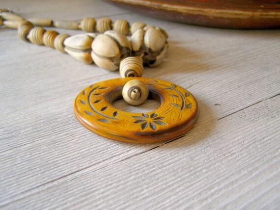 Boho Wood Necklace, Vintage 70s wood beads Necklace