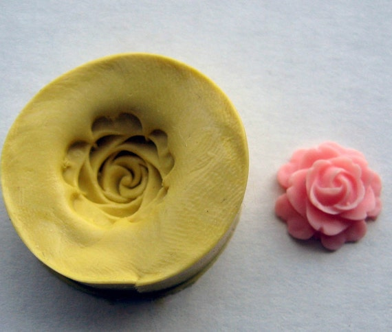 Small  FLOWER - Food Quality non-toxic flexible silicone mold/mould - kawaii, resin, scrapbooking, wax, soap making