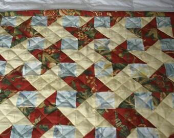 Handmade Patchwork Lap Quilt. 41 x 36 inches. Interlocking Stars
