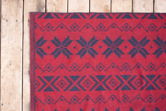 FREE SHIPPING Vintage Reversable Red and Navy Wool Winter Navajo Camp Throw Blanket