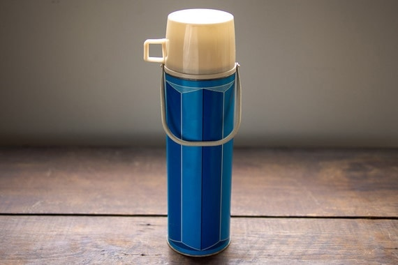 Vintage 1974 King-Seeley Metal Thermos Quart Size with Handle in Turquoise and Cobalt Blue  // Bottle Number 2410