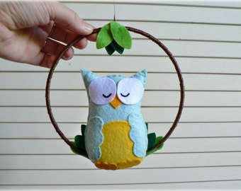 Owl mobile - baby mobile - Blue and yellow felt - woodland mobile - nursery decor - MADE TO ORDER