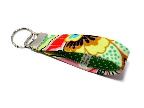 Key Chain Key Fob Wristlet Floral Couture in Berry