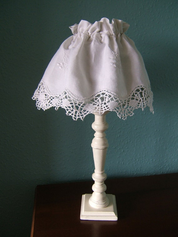 Lamp Shade Cover / Vintage Embroidered Linen/Cotton /French Provincial Style /Shabby Chic