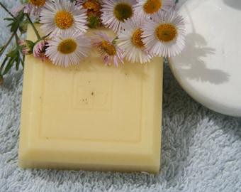 Goatmilk Chamomile hand & body soap 4 oz.