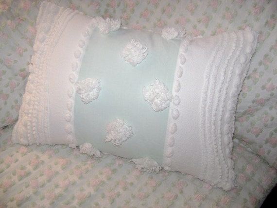 Vintage Chenille Boudoir Pillow - Aqua with Huge White Pops and Candlewick Chenille - 12x16 Decorator Pillow Insert Included - Etsy Treasure