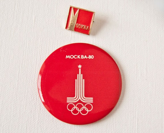 Russian pins, 1980 Summer Olympics, Moscow, red badges, tin button