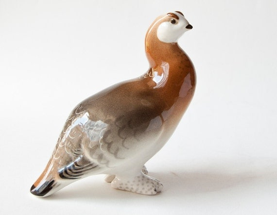 Vintage porcelain figurine bird porcelain partridge figurine bird Soviet grey sandy bird gift