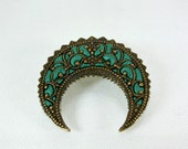 Vintage brooch retro pin green gold arabesq old style jewelry