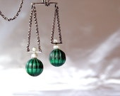 ART DECO.  Necklace. Sterling Silver 925. Carved Malachite Pearls. Libra Scales