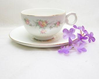 Vintage Tea Cups Floral Tea Cups Saucers Pink Yellow Roses Mix Match China 22Kt Gold Floral Teacup Saucer Set Footed Tea Cups