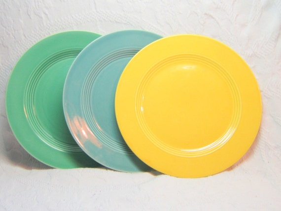 Vintage Harlequin Plates Yellow Harlequin Plates Fiestaware Riveriaware Dinnerware 1940 Green Yellow Turquoise Lunch Plates Vintage Dinner