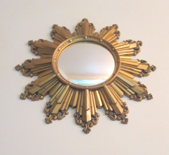 Vintage Ornate Gold Sun Burst Star  Mirror Neoclassic Hollywood Regency Parisian Apartment Home Decor Chic Classic Design Loft Dramatic Star