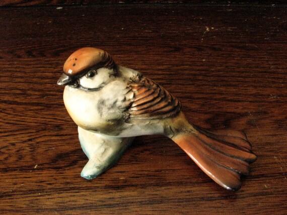 Vintage Collectible Italian Bird Figurine - Antique Italy - Sparrow