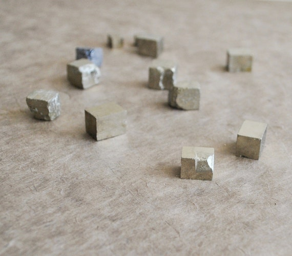 2 pcs pyrite cubes from Loreno, Spain