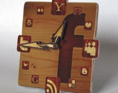 Facebook Wood Icon Table Clock mini