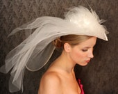 Sophisticated Bridal Coctail WEDDING HAT with veil and flowers. Fabulous...