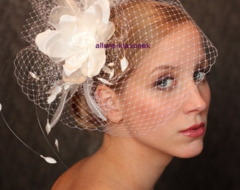 Fabulous BIRD CAGE VEIL , wedding headpiece. Amazing birdcage veil with  romantic wedding flower.