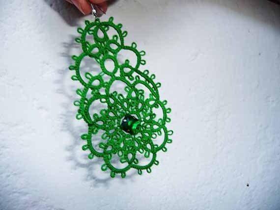 """Tatting earrings """" Emerald"""" -  Handcrafted jewelry green - gift  for her -  party cocktail - OOAK"""