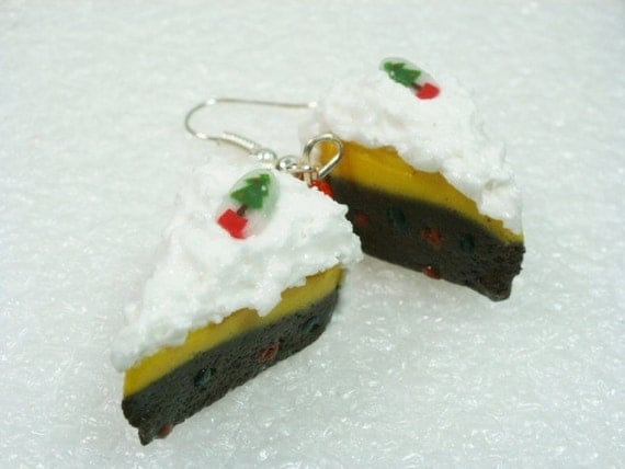 Christmas cake earrings. Polymer clay.