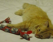 Catnip Toy - Mousey Wiener Link / Organic Catnip / Small 3 Link