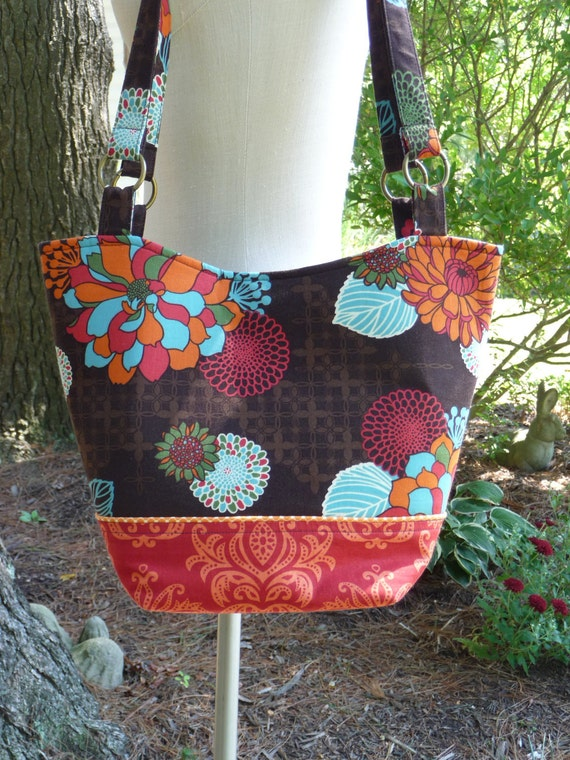 Sale on Handmade Bag Purse Bucket Tote with Outside Zippered Pocket