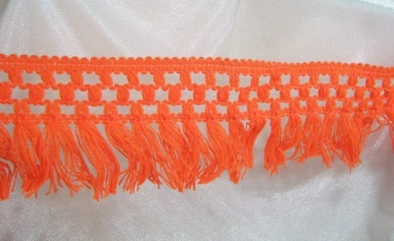 Tassel Fringe Trim: Vintage, Bright Orange, 4 Inches wide - 5 3/4 yards - T1015