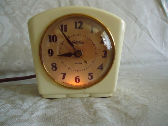 "The ""Sparkler"" Illuminated Alarm Clock by GE/Telechron-RESTORED"