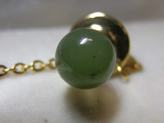 Real Jade Tie Tac. Cute decorative box. Made in Taiwan. Vintage.