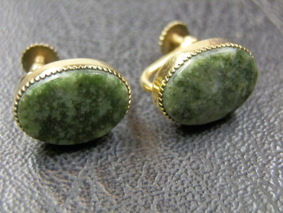 Nice 12K gold filled screw back real Jade earrings. Well crafted.