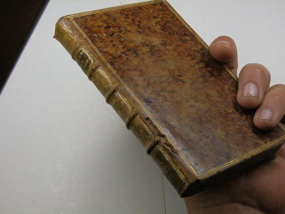 1758 Leatherbound book. Les Fables de Phedre, affranchi d'Auguste, en Latin et en Francais. Nouvelle Traduction