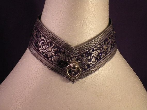 Purple Brocade Pointed Lace-Up Collar With Swarovski Crystals - Absolute Devotion