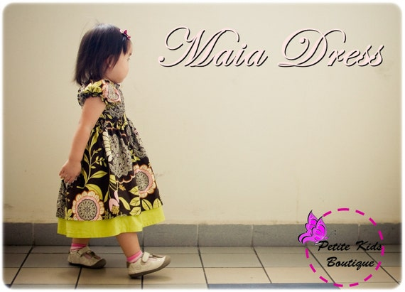 Maia Dress for Girls 12M-8Y PDF Pattern & Instruction-Shirred bodice -Attached underskirt.-Puffy sleeves-Perfect for Christmas