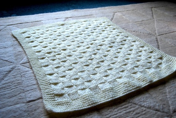 Lemon Hand-knitted Baby Blanket (18 x 21in / 46 x 54cm)