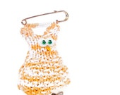 Bird Brooch owl yellow white knitted cotton animal