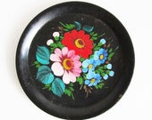 VINTAGE handpainted PLATE, use for you kitchen decor, home decor, picnic.