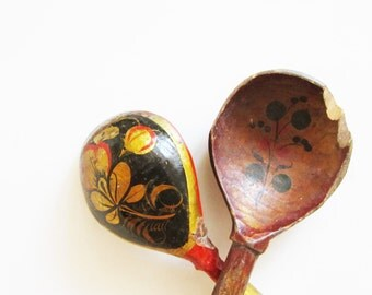WOODEN SPOONS 2 VINTAGE hand made and painted, use for assemblage, home decor, kitchenware.