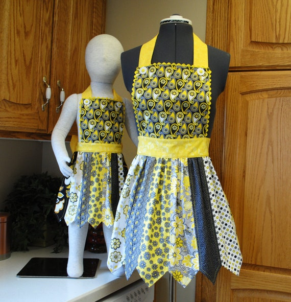 Mommy and Me Apron - PDF Downloadable Sewing Pattern