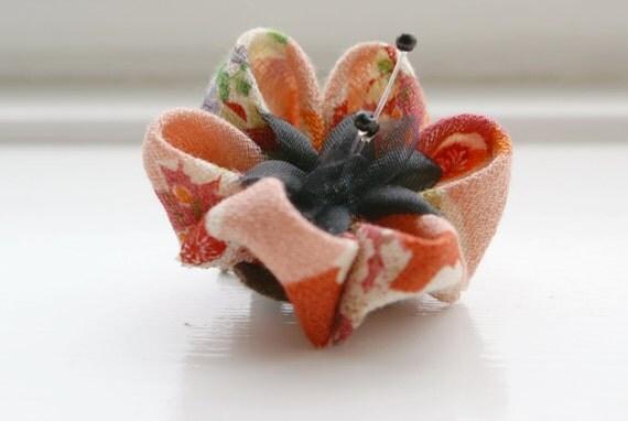 Kanzashi Hair Flower: Japanese Kanzashi Flower Hair Clip, Coral Hair Accessory