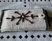 crochet iphone case, cozy, brown and cream, cell phone pouch,crochet iphone/ipod 3G 3GS 4G case