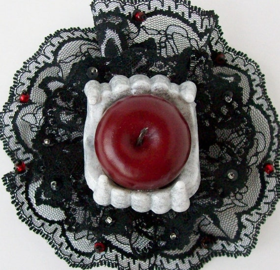 Beaded Lace Hair Clip With Glitter Vampire Teeth & Apple 'Vegetarian'