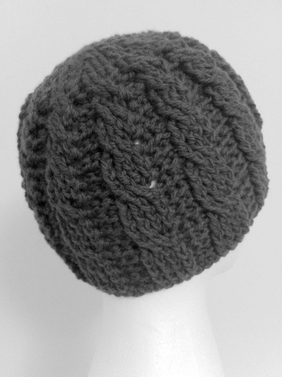 Crochet Pattern: Growing Cables Beanie