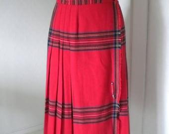 Red vintage scottish style 60s skirt kilt plaid pleated